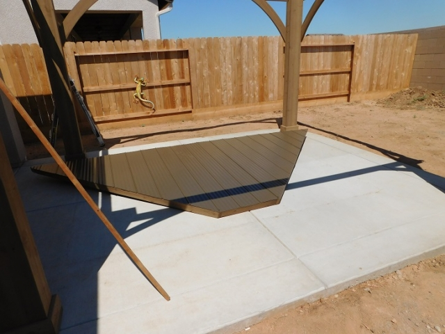 12x14 Yardistry Gazebo in the backyard