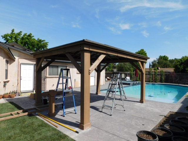 Gazebo Bar Assembly