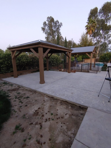 Assemblyhub assembled two gazebos at the same house