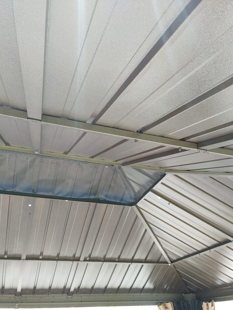 Roof Assembly of a Sojag Gazebo